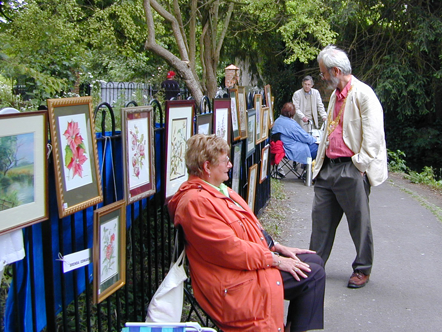 2002 30th June Art in the Park